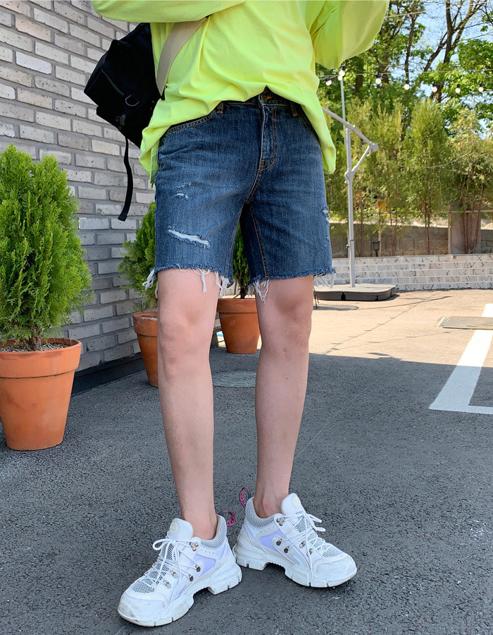 YB 5766 Black Blue Blue Shorts